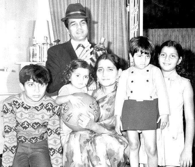 dharmendra family