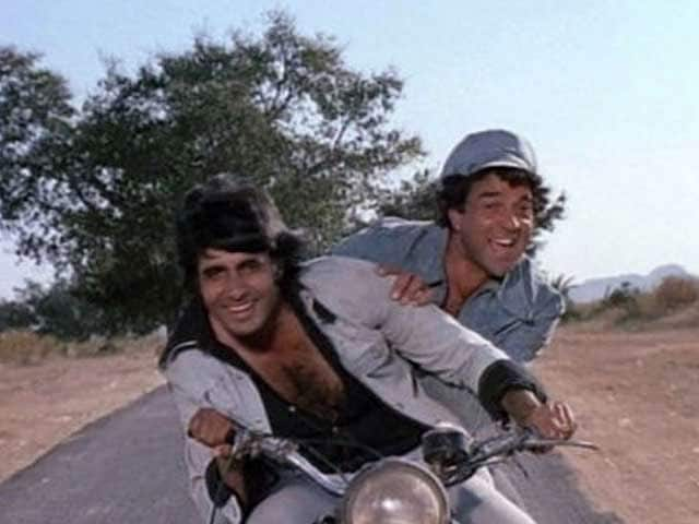 dharmendra with amitabh bachchan in film Sholay