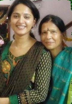 Anushka Shetty mother