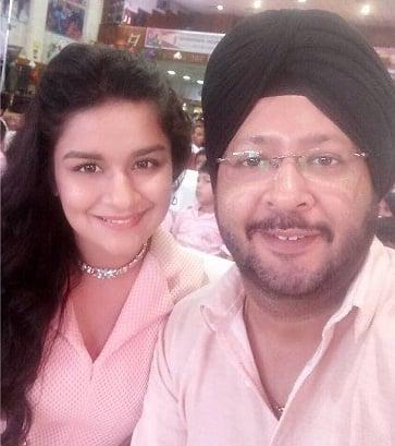 Avneet Kaur father