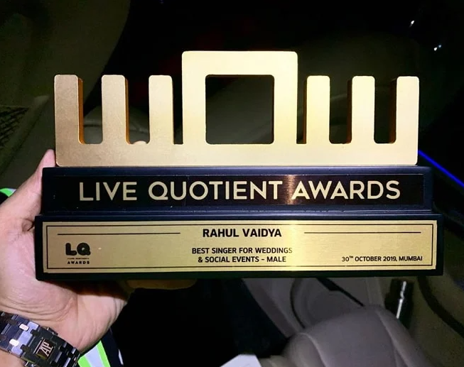 Best Male Singer for Social Events & Weddings by Live Quotient in 2019